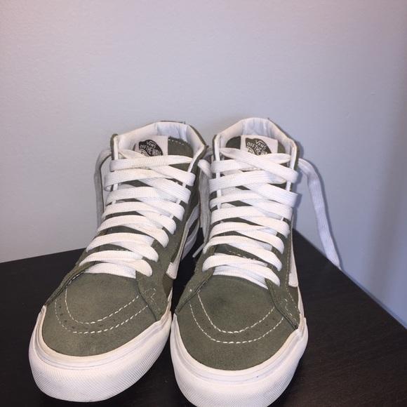 2b52ccb723 Vans Sk8-Hi Olive Green and White